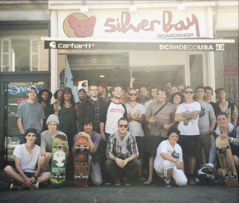 antiz photo de groupe skate à saint-brieuc magasin sylver bay
